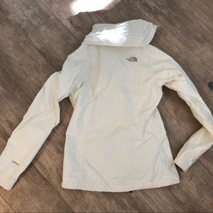 The North Face Jackets & Coats - North face wind sheetlet in size XS, white